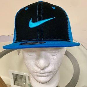 SnapBack Mesh Hat!